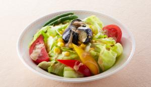 彩り野菜のゴマだれサラダ